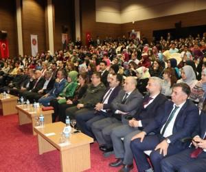 Sultan Abdulhamid'in Torunu Nilhan Osmanoğlu: