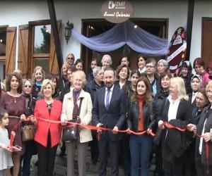 Başkan Doğan, emekli öğretmenin sergi açılışına katıldı