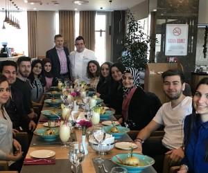 Gastronomi öğrencilerine uygulamalı eğitim