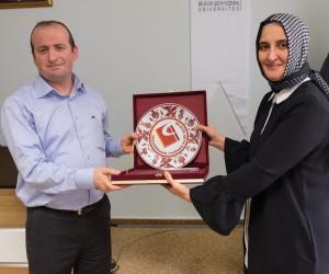 """İslami İlimler Fakültesi'nden """"Aile İçi Şiddet"""
