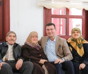 Başkan Akın Yaşlılar Haftası'nı kutladı