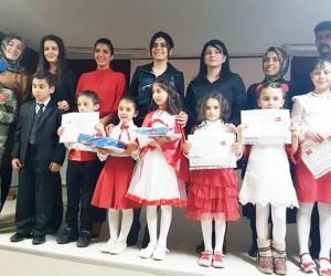 Dumlu'lu minik yürekler, İstiklal Marşını güzel okumak için yarıştılar