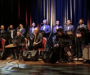 Din görevlilerinden ilahi konseri