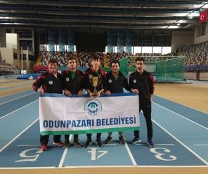 Odunpazarı Belediyesi atletizm dalında Türkiye üçüncüsü oldu