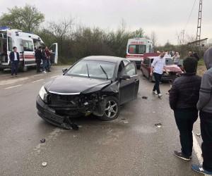 Bartın'da trafik kazası: 1'i ağır 6 yaralı
