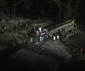 Filipinler'de otobüs kazası: 19 ölü