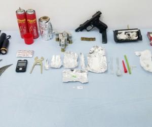 Tavşanlı'da silah ve uyuşturucu madde ele geçirildi