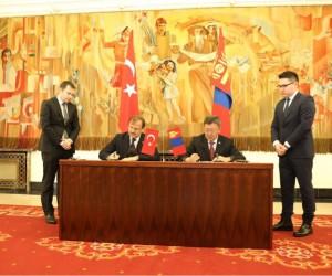 Başbakan Yardımcısı Çavuşoğlu, Moğolistan Savunma Bakanı ile görüştü