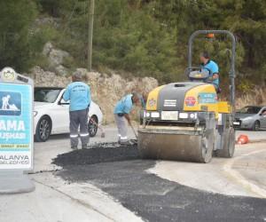 Alanya Kalesi yolu asfaltlanıyor