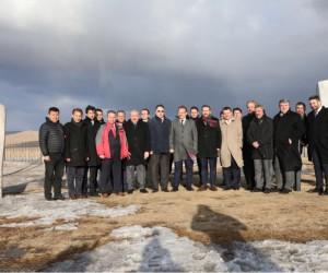 Başbakan Yardımcısı Çavuşoğlu, Moğolistan'da Tonyukuk Anıtı'nı ziyaret etti
