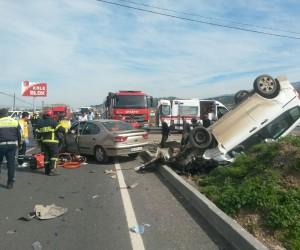 İki araç çarpıştı: 2 yaralı