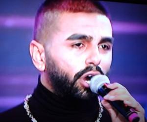 """Popstar Salih'e Diva'dan nasihat: """"Halk insanı vezirde eder rezil de"""""""
