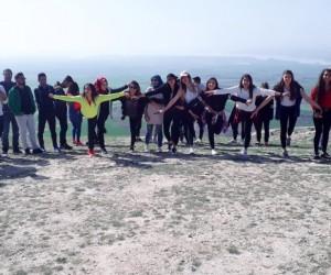 Üniversite öğrencileri yamaç paraşütü sporunu tanıdı