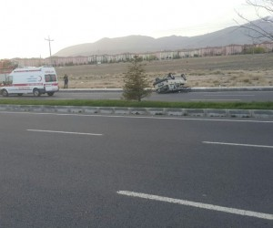 Niğde'de Otomobil takla attı: 3 yaralı