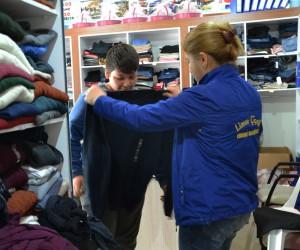 Erdemli Belediyesi'nden engelli öğrencilere kırtasiye desteği