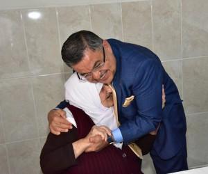 Başkan Yağcı'dan Huzurevi Yaşlı Bakım ve Rehabilitasyon Merkezi'ne ziyaret