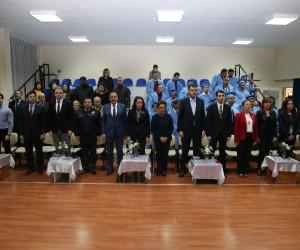 Başkan Duruay ZİÇEV öğrencilerine diploma verdi