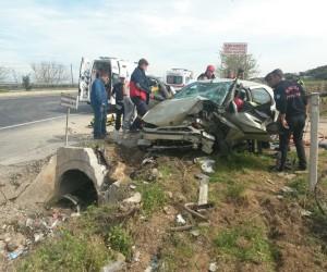 Manisa'daki kazada ağır yaralanan sürücü kurtarılamadı