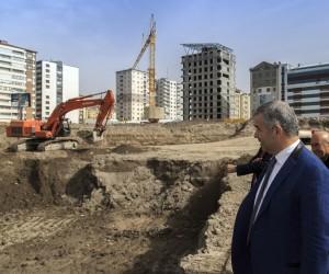 Başkan Çelik, Sahabiye Kentsel Dönüşüm Projesi şantiyesinde incelemelerde bulundu