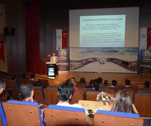 Düzce Üniversitesi öğrencileri mesleki deneyimi olan mezunlarla buluştu
