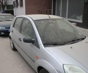 Bolu'da çamur yağdı, vatandaşlar oto yıkamalara koştu