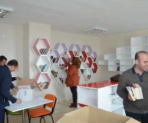Büyükşehir'den Doganyol'a ikinci kütüphane