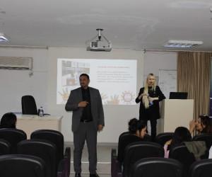 Mersin Barosu, öğretmen adaylarına çocuk haklarını anlattı