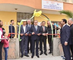 Roman Kültür Sanat ve Mesleki Eğitim Merkezi açıldı