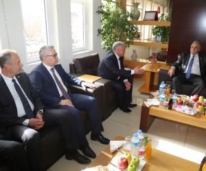 Bakan Fakıbaba'dan Başkan Özkan'a Ziyaret