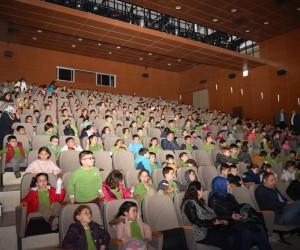 """İlkokul öğrencileri """"Çanakkale Geçilmez"""" animasyon filmini izledi"""