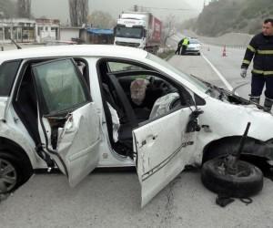 Zonguldak'ta araç takla attı: 4 yaralı
