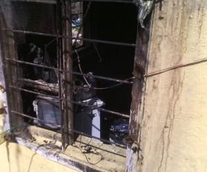Nurdağı'nda televizyon evi yaktı