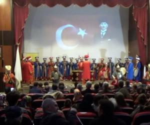 Mehmetçik için düzenlenen yardım gecesine yoğun ilgi