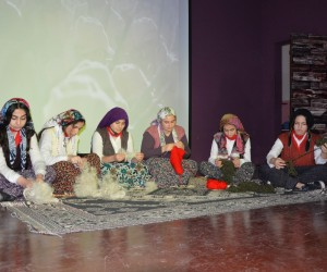 Gösteriden elde edilen geliri Mehmetçik Vakfına bağışladılar