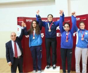 Adıyamanlı güreşçiler Türkiye'yi Avrupa ve Dünya şampiyonalarında temsil edecek