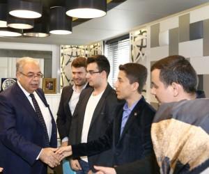 Başkan Kutlu üniversite öğrencilerini ağırladı