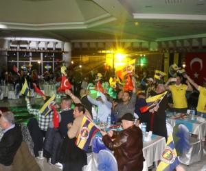 Aziz Yıldırım Zonguldak'ta taraftarlar derneğinin gecesine katıldı