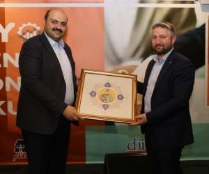 Genç Yönetici Okulu Başkan Orhan ile start aldı