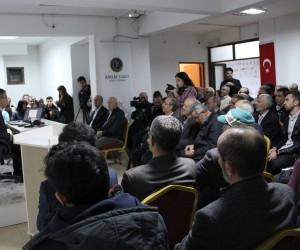 Rektör Şahin'den, 'Bilginin kaynağı ve yüksek öğrenim' konferansı