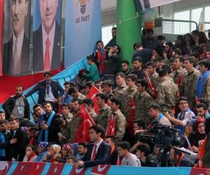Cumhurbaşkanı Erdoğan'ı Giresun'da askeri kamuflaj ve asker selamıyla karşıladılar