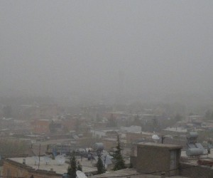 Gercüş'te toz bulutu hayatı olumsuz etkiledi
