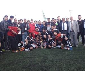 1.Amatör Küme Büyükler Liginde şampiyon Pütürge Belediyespor oldu