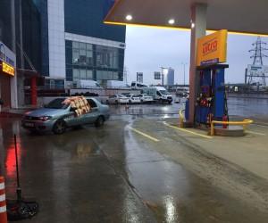 (Özel) Benzin istasyonunda faciadan dönüldü