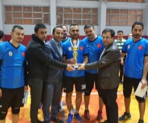 Hakkari'de 'Öğretmenler Arası Voleybol Turnuvası' sona erdi
