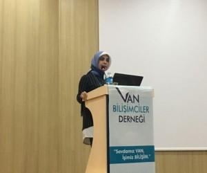 YYÜ'de 'Bilişimin İş Dünyasındaki Yeri' semineri