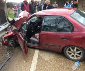 Tırla otomobil çarpıştı: 3 yaralı