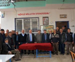 Başkan Özakcan, Kuloğulları Mahallesi'ni ziyaret etti