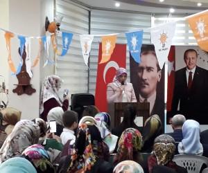 Develi AK Parti Kadın Kolları yeni başkanını seçti