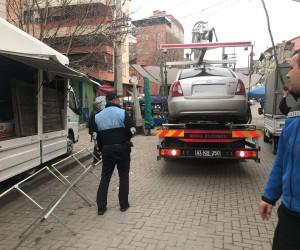 İzmit Zabıtası 91 seyyar satıcıya işlem yaptı