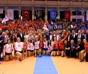 Sultanlar Ligine İstanbul THY ve Ankara Karayolları çıktı